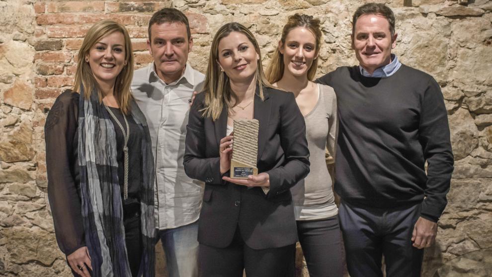 La Revista Cocinas y Baños galardona a Cocinas Santos con el Premio ...