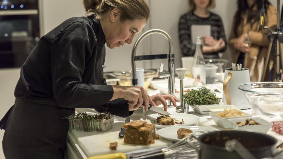 Una cocina dise ada por santos como escenario del - Restaurante semproniana barcelona ...